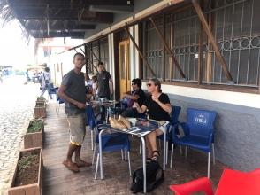 På restaurang med wifi, Palmeira