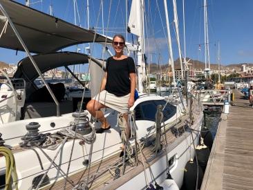 Cecilia är äntligen tillbaks på båten