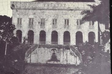 Teatern innan vulkanutbrottet