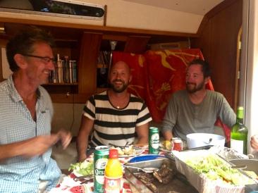 Middag ombord på Breathless Voyage