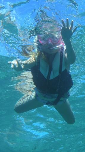 Ellinor snorklar