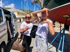 Hanna och Olivia åker hem