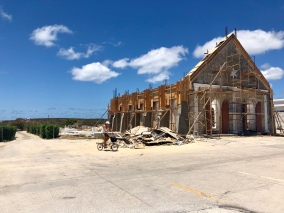 Kyrkan blåste sönder under Irma