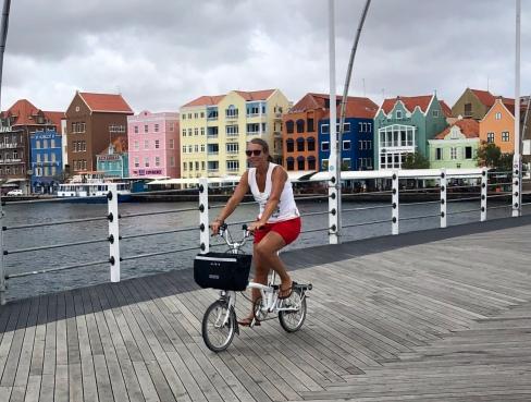 På cykeltur i Willemstad