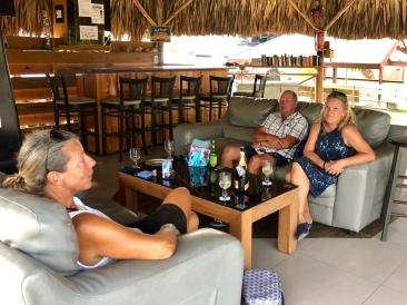 Vi pustar ut tillsammans med Helene och Tomas