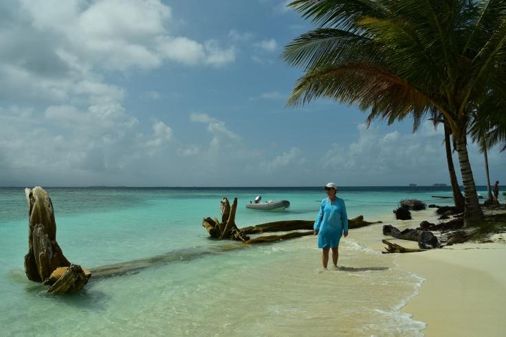 Strandhugg på liten ö